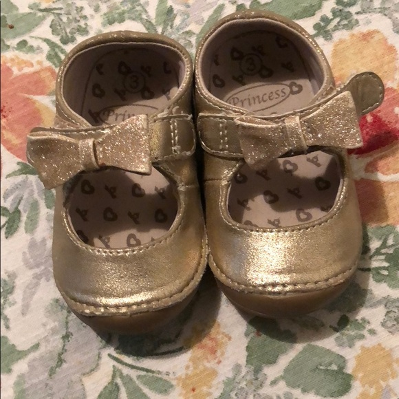 a32bd261d74a Disney Other - Baby girl walking shoes